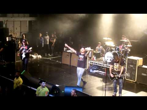 New Found Glory - Kiss Me (Sixpence None the Richer Cover) - Live at O2 Academy Birmingham