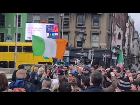 Dubliners out in massive numbers protesting to End the Lockdowns