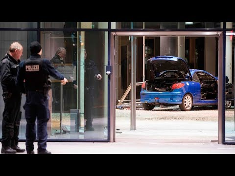 Man rams car into German party HQ in failed 'suicide attempt'