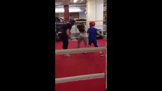 Beaver Boxing Sparring