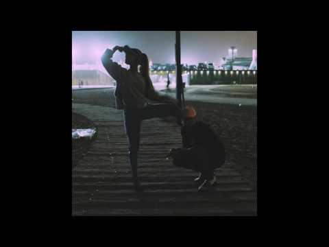 Ariana Grande Ft Mac Miller - Into You (Super Clean Remix)