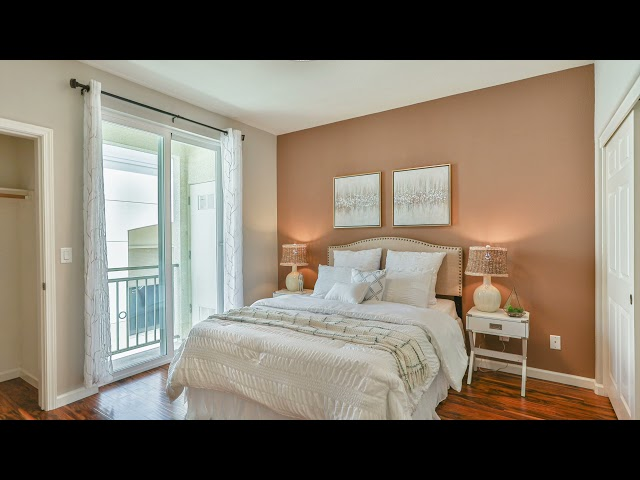 Highly updated 2 bed 2 bath condo, only 6 yr old , prime location in San Ramon, top rated schools