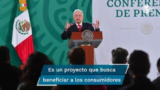 El presidente López Obrador informó que durante la plática que tuvo con el gobernador electo de Sonora, Alfonso Durazo, se acordó explorar la posibilidad de construir un parque de energía solar en ese estado, esto con la finalidad de poder bajar los costos a los usuarios