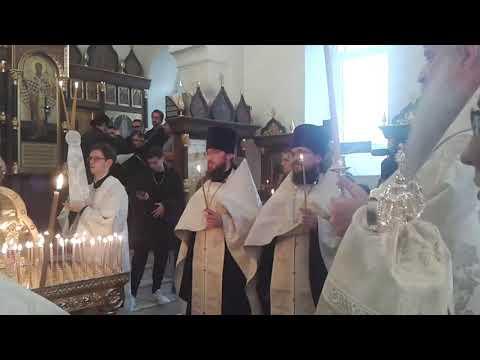 Панихиду по Лизе Киселевой проводит митрополит Лонгин
