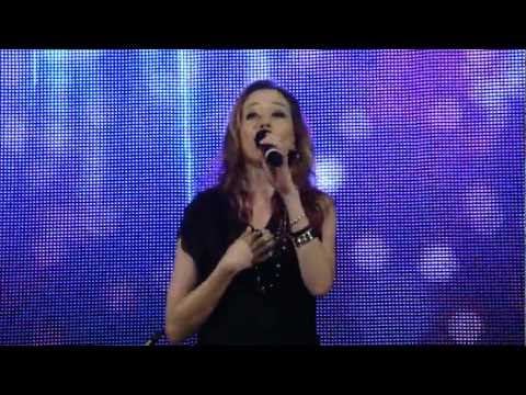 Kerrie Roberts Live: No Matter What + This Love Doesn't Run (Maplewood, MN - 3/20/12)
