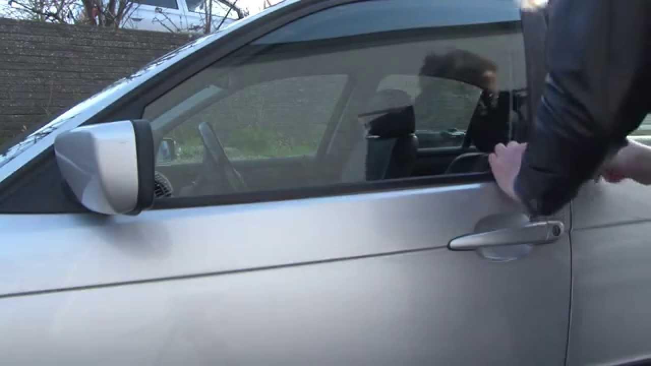 2002 BMW 325Ci >> BMW 3 Series E46 Replacing weatherstrip - DIY - YouTube