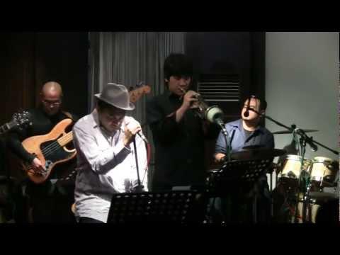 Glenn Fredly ft. Indra Lesmana - Perih @ Mostly Jazz 03/12/11 [HD]