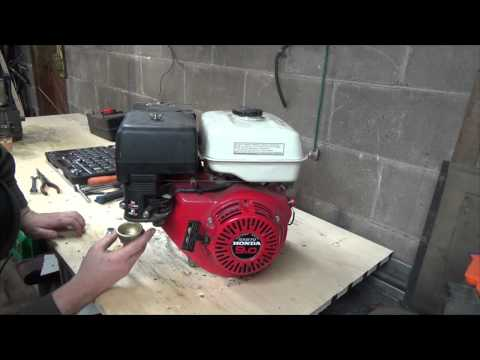 FAST speed rebuild of the honda 5 5HP engine and a start