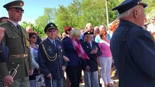 Slavnostní odhalení památníku letcům RAF, rodáků z Plzeňského Karlova