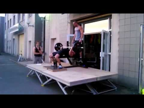 Bel Air Fitness Rambouillet bench press competition