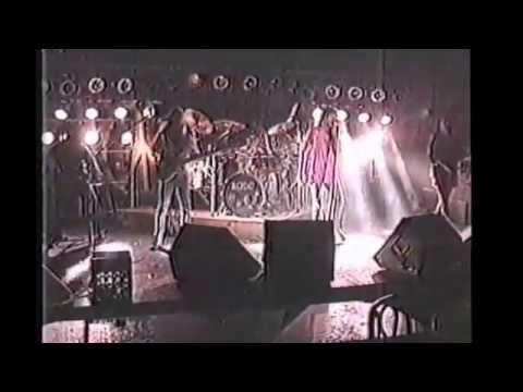 A boy in a band. Tom Gugliotta - Baghdad (The band)