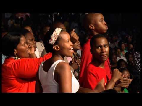 Joyous Celebration 17 Choir - Kubo bonke oThixo