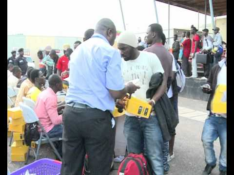 MORE  GHANAIAN EVACUEES RETURN FROM  LIBYA.avi