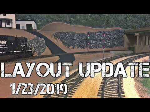 Layout Update: 1/23/2019 – New Scenery & Backdrops, Track Cleaning Train, & More!