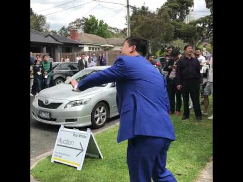 12/11/16 | Melbourne Real Estate Auction | 24 Clanbrae Avenue Burwood 3125