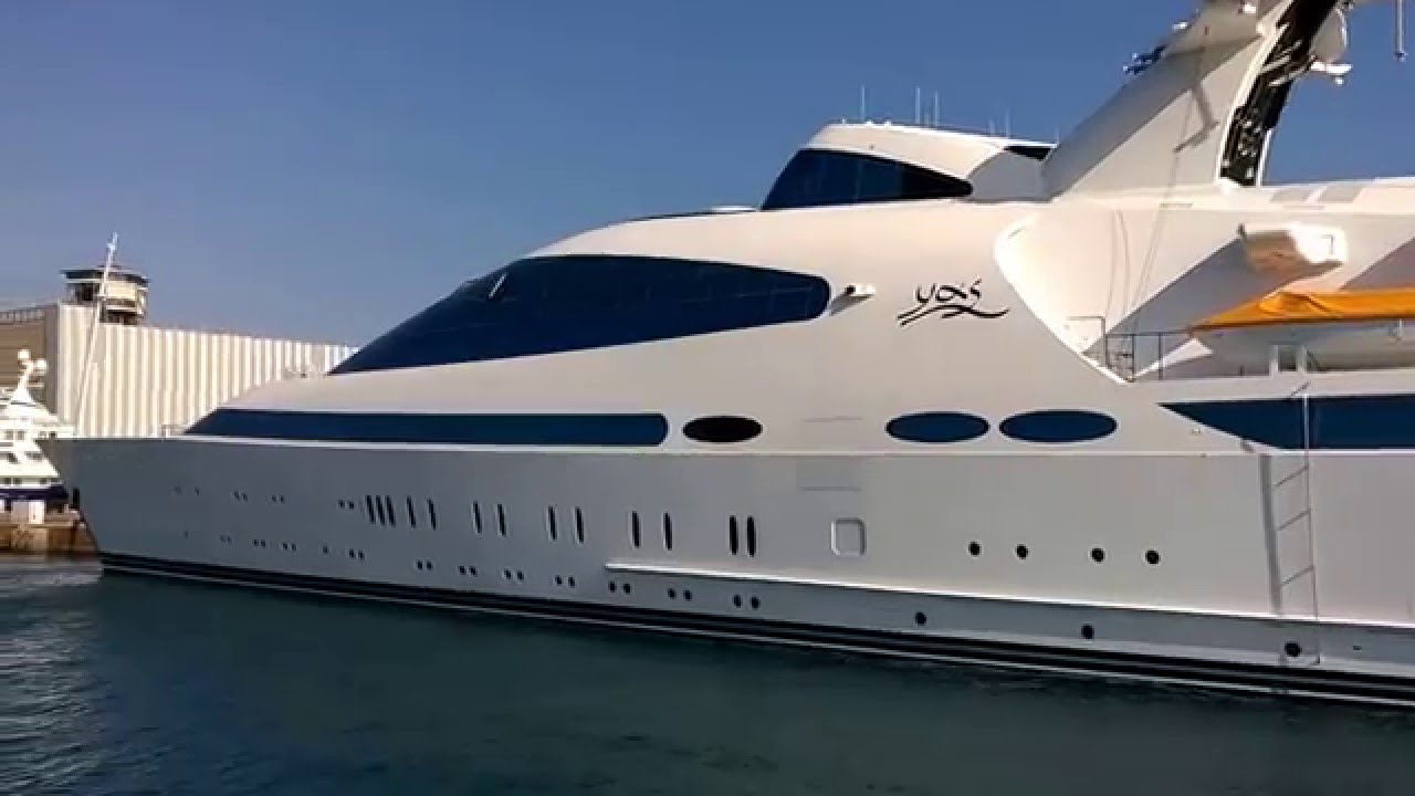The 463 Superyacht Yas As Seen In Barcelona Harbour Ocean Of News