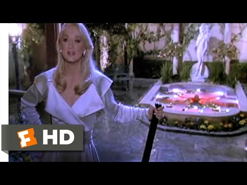 Death Becomes Her (7/10) Movie CLIP - Madeline's Revenge (1992) HD