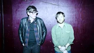 "The Black Keys ""tighten Up"""