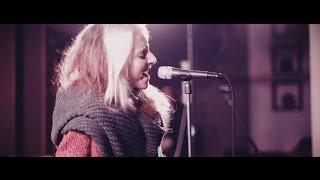 Vivienne Mort, Live. mp3
