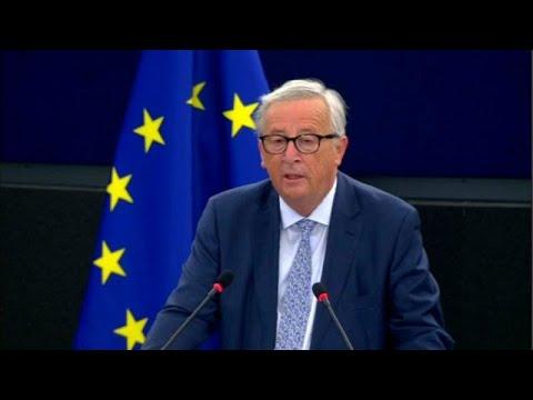 """Juncker: """"Europa deve assumir papel global"""""""