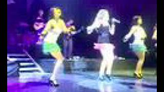 Beat Of My Heart/Our Lips Are Sealed-Hilary Duff Live Puebla