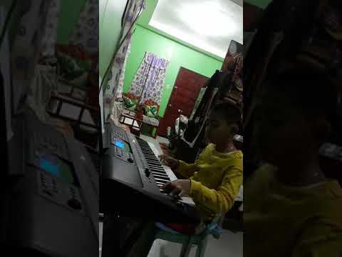 Diyos ay pag-ibig piano cover on yamaha psr e453