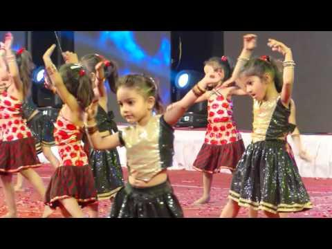 Dhadak Dhadak - cute dance of KG students