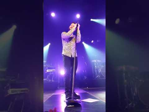 "Calum Scott ""Dancing on My Own"" live in Amsterdam 28-04-2018"
