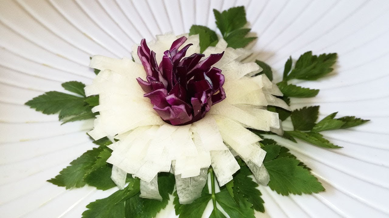 Very Attractive Garnish White Radish With Purple Cabbage To Flower
