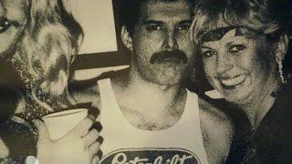 #180sec München: in der Lieblingsbar von Freddie Mercury