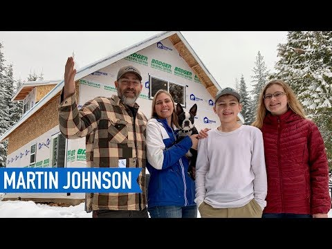 Family Builds Off Grid Home in the Wilderness