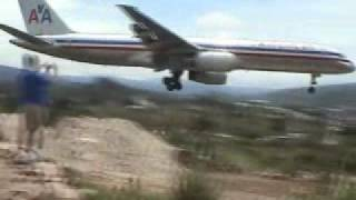 American Airlines at Tegucigalpa, Honduras Scary Landing