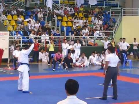 [Giải Karatedo Trẻ 2012] _ Chung kết Kumite Cá nhân nam 45-50kg. Phúc (4) vs Quyền (3)