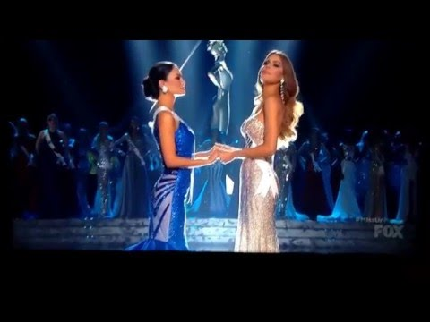 Steve Harvey Announces Wrong Miss Universe 2015! Has to Remove Crown Live! Must See! (Full)
