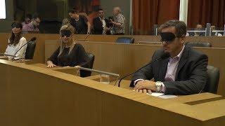 Los concejales  de la capital sesionaron con los ojos vendados
