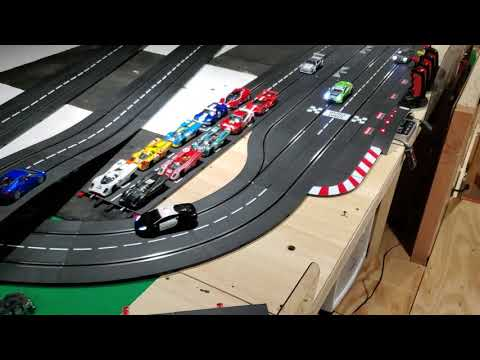 Carrera digital 132 corona lock in slot car track layout