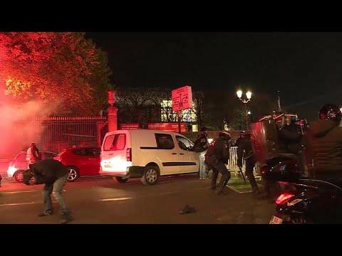 شاهد: اشتباكات بين الشرطة الفرنسية ومتظاهرين  - 09:54-2018 / 11 / 18