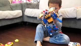 機器戰士TOBOT 合體機器戰神變形示範 thumbnail