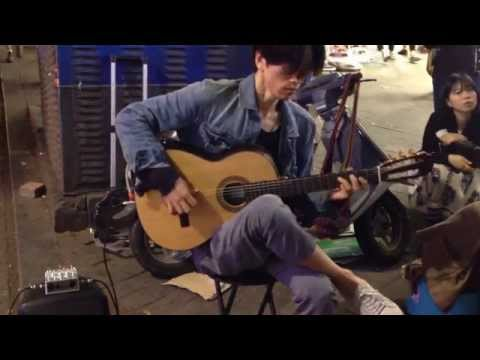 a street musician in South Korea: Shape of my heart - Sting
