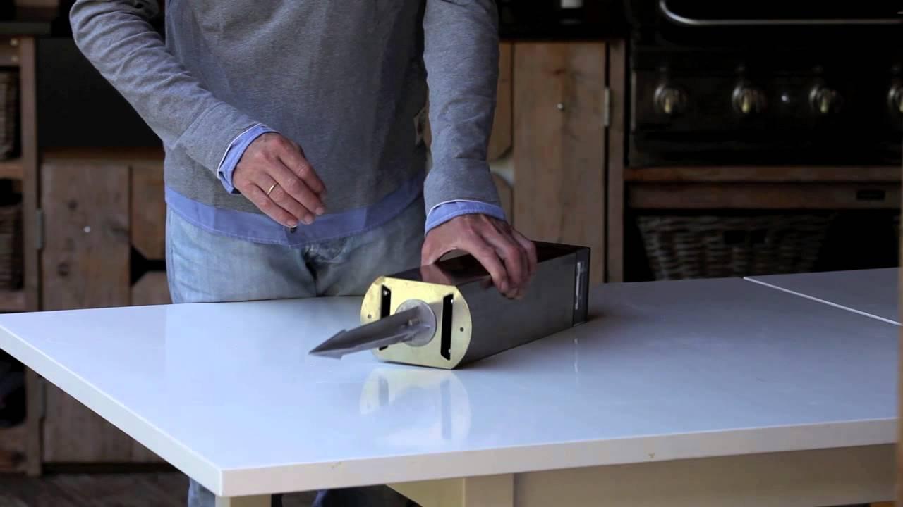 Snoerloze Tuin(pad) verlichting. Solar Powered - RVS Staander ...
