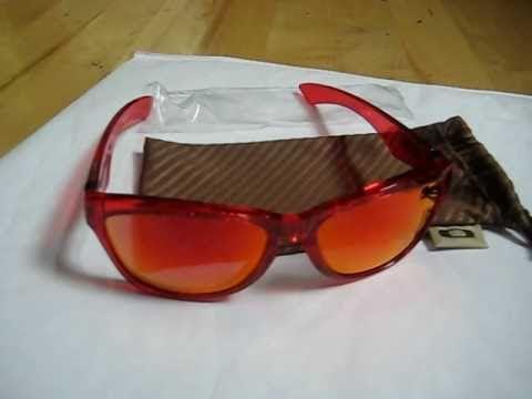 Oakley Jupiter Red