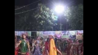 Gujarati Garba Song Navratri Live 2011 - Lions Club Kalol - Sarla Dave - Day-7 Part-5