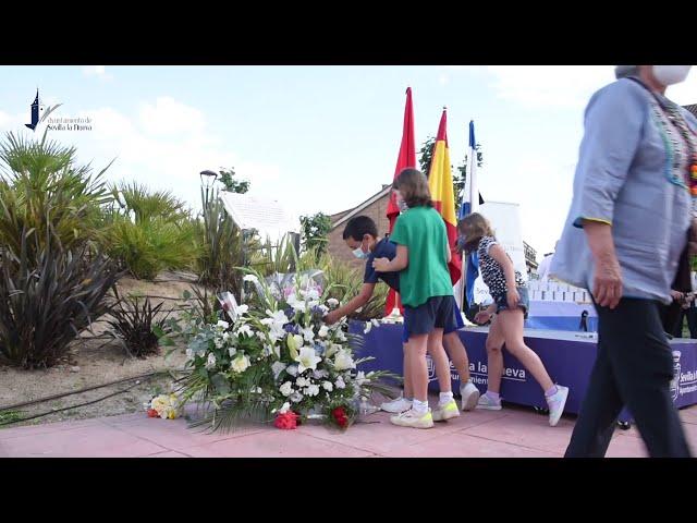 Acto Homenaje a las víctimas de la COVID-19 y a las personas que colaboraron en Sevilla la Nueva.