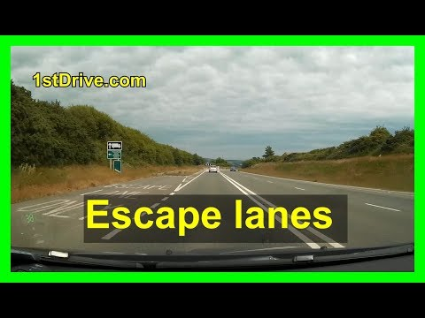 Driving in Cornwall - escape lanes, solid lines + movie trivia!