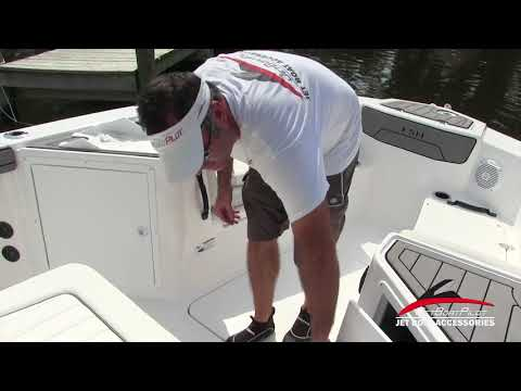 JetBoatPilot 2018 Yamaha 210 FSH Bow Features