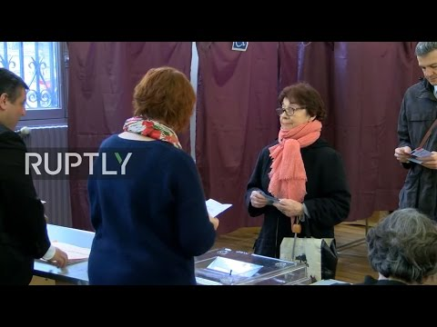 LIVE: French 2017 presidential election runoff - Opening of polls in Paris