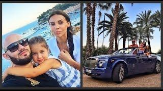 Джиган и Оксана Самойлова с дочерьми отдыхают в Монако(3 августа рэперу Джигану исполнилось 30 лет. Именинник решил сделать подарок не только себе, но и близким,..., 2015-08-13T16:57:40.000Z)