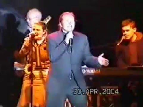 Kelly Family: Rostock 30.04.2004: Flip A Coin