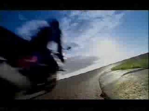 Honda CBR 900 RR 1998 - commercial video