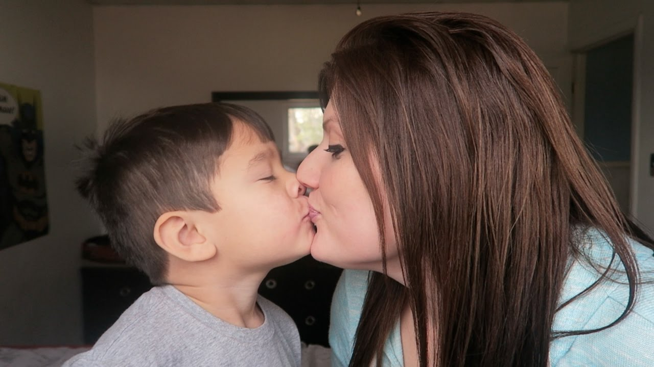 Teen Mom Kiss Love 46